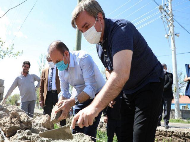Vali Aydoğdu'dan İşçi Bayramı'nda duvar jesti