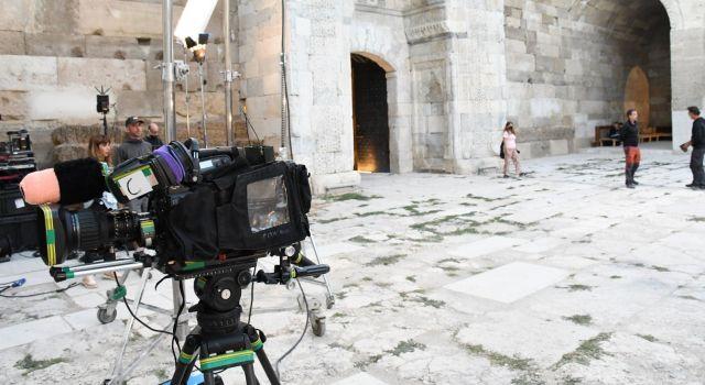 İtalya'dan Gelen Turist Ve Ünlüler 800 Yıllık Tarihi Kervansaray'da Buluştu