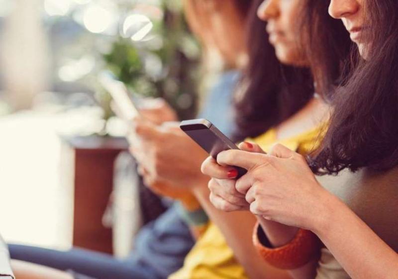 4 Saatimiz Mobil İnternet Kullanarak Geçiyor