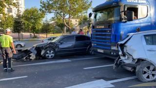 Zincirleme kazada bir yolcu yaralandı