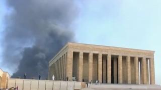 Ankara'da korkutan yangın! Siyah dumanlar yükseldi