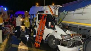 Tarım İşçileri Eve Dönüş Yolunda Kaza Yaptı: Biri Bebek 17 Yaralı